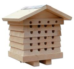24% off Wildlife World Solitary Bee Hive