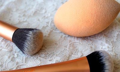 Click here<br />Free  Make Up SPonge