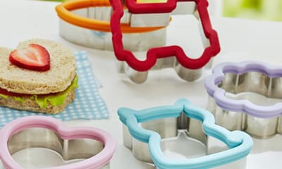 Click here<br />Free  Sandwich Cutters