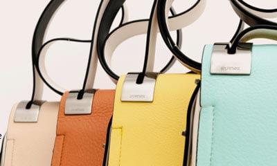 Click here<br />Free  Handbags