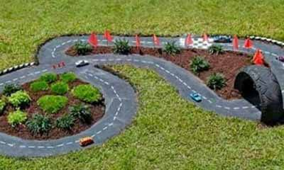Free Garden Race Track for Kids
