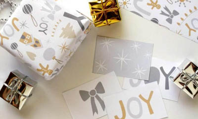 Free Printable Christmas Wrapping Paper & Gift Tags