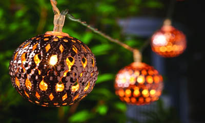 Free Gold Sphere Christmas Lights