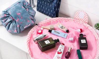 Free Hoona Makeup Bag