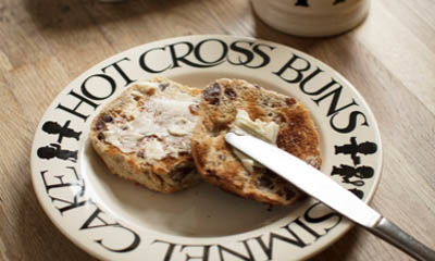 Free Emma Bridgewater Hot Cross Buns Plates