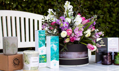Win a Mother's Day Hat Box Bouquet
