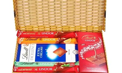 Free 1kg Boxes of Lindt Chocolate