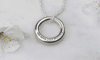 Win a 'We Love Mummy Necklace'