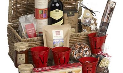Free Luxury Picnic Hampers from Country Life